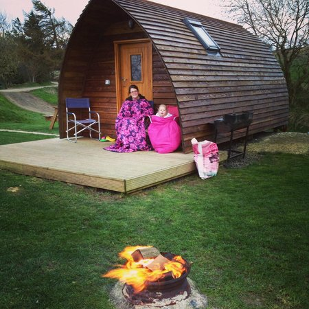 Hilly Cow Wigwams: Enjoying the wigwam