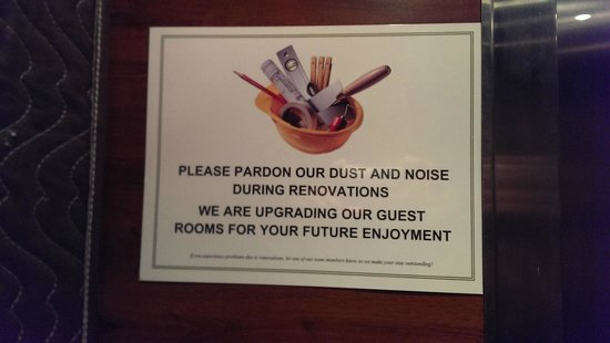 Holiday Inn Express Midtown Philadelphia: Signs posted at various location through out the hotel
