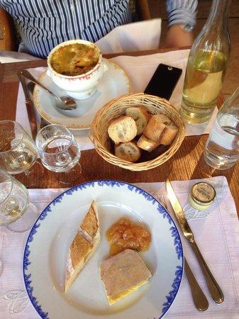 Chez Clement Montparnasse : Паштет из фуа гра и луковый суп на 4