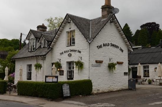 The Auld Smiddy Inn: Gott och prisvärt