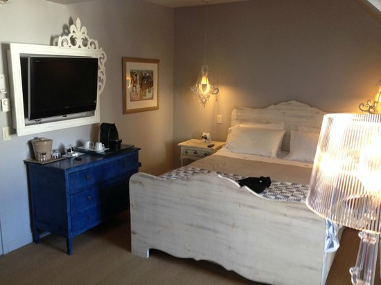 Auberge Place D'Armes: Quarto do hotel