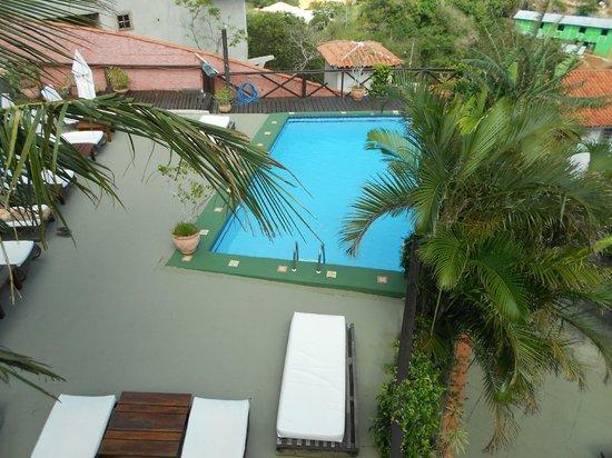 Pousada Vila do Sol: Área da piscina