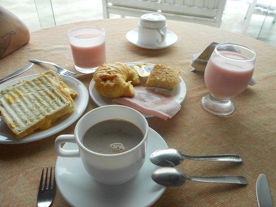 Pousada Vila do Sol: Café da manhã
