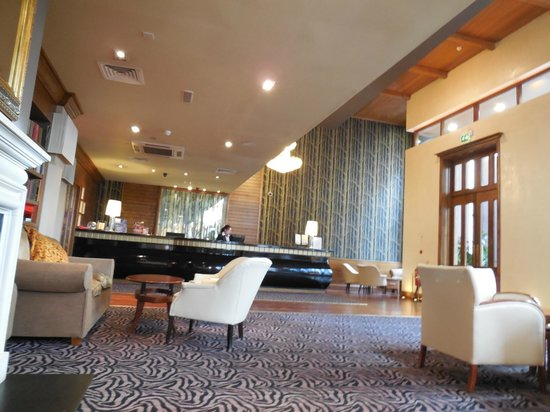 Scotts Hotel : Reception Area