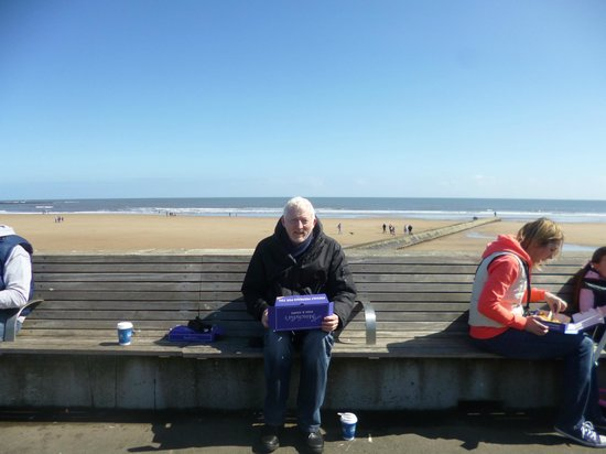 Minchella's Fish and Chips: Eating on Seaburn Promenade