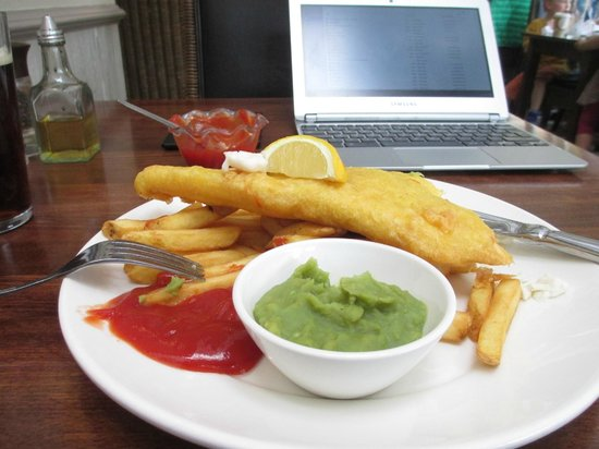 The Tree House : Fish and chips!