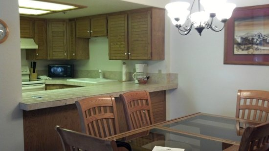 Park Station Resort Condominium: kitchen, dining open to living