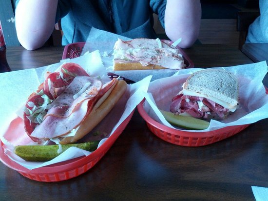 Bruno's of Lititz : Great subs and sandwiches (cold only in Lititz location)!!