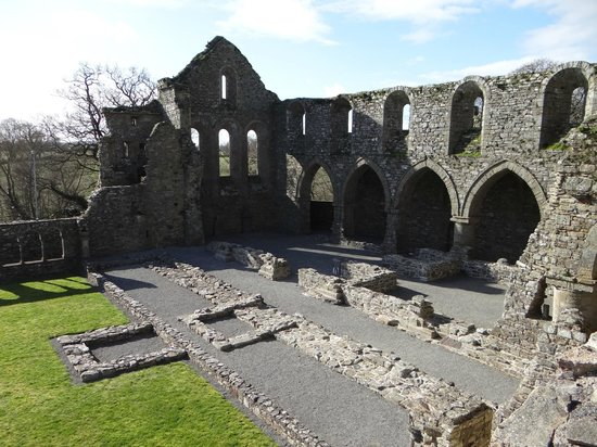 Jerpoint Abbey: You can explore most areas of the abbey