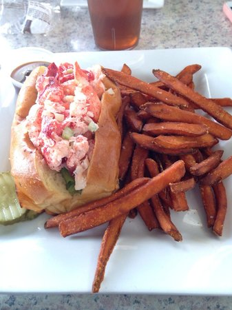 The River House Restaurant: Lobster roll and sweet potato fries