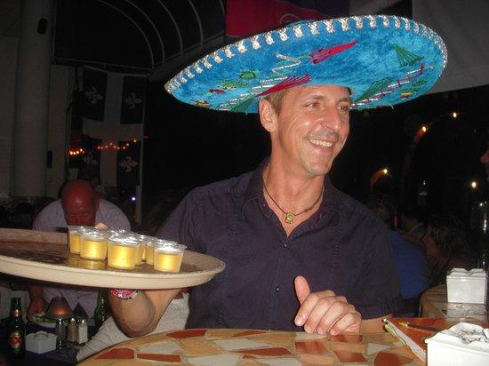 Los Tabernacos Sports Bar and Lounge: Le Proprio Daniel du Los Tabarnacos