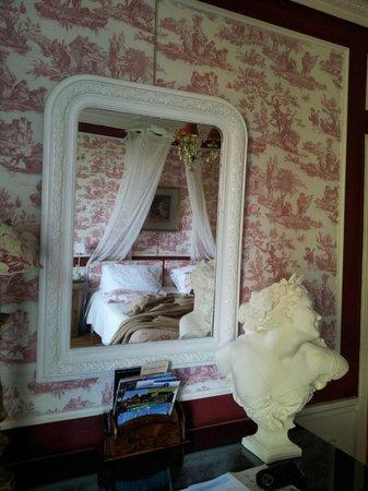 Villa La Gloriette : Chambre Bovary