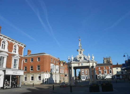 Potts of Flemingate: Beverley Market Square (0.2m from hotel)