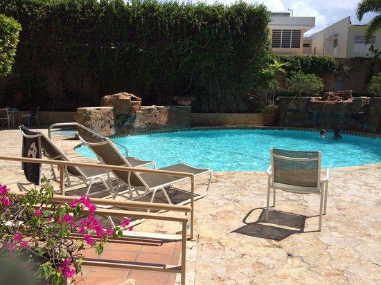 Doubletree by Hilton San Juan: Pool Area