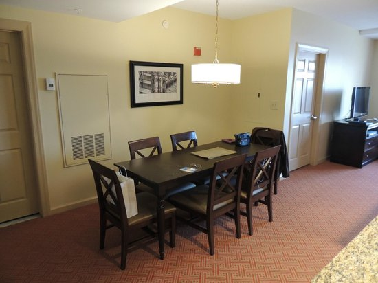 Wyndham Old Town Alexandria: Premium One Bedroom