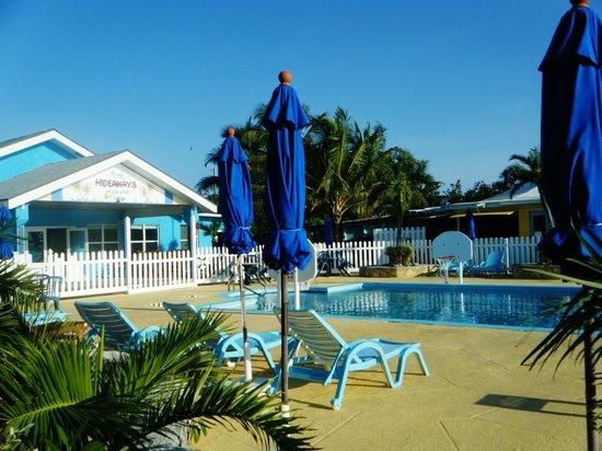 Hideaways at Palm Bay : Pool