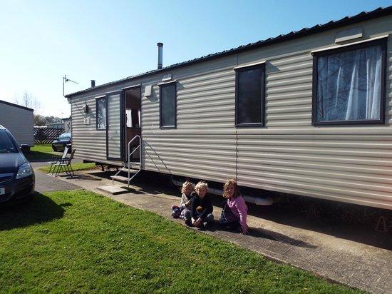 Richmond Holiday Centre: caravan of love