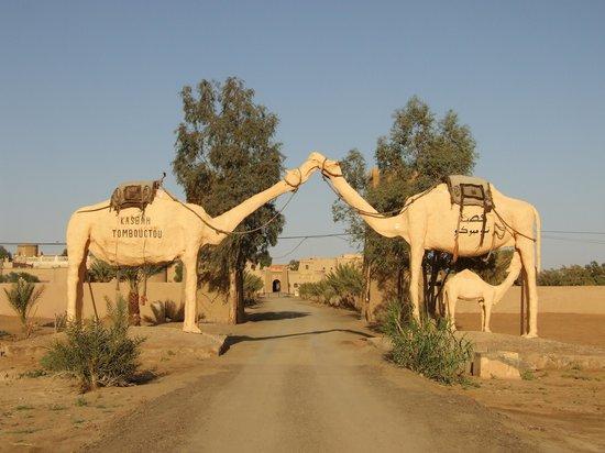 "Kasbah Hotel Tombouctou : ""Viale"" di accesso"