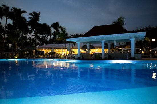 Luxury Bahia Principe Bouganville Don Pablo Collection: pool after sunset