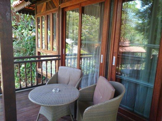 Berjaya Langkawi Resort - Malaysia: Balcony area, access from dining and bedroom