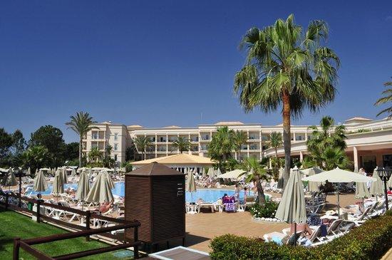 SENSIMAR Falesia Atlantic : Pool and hotel