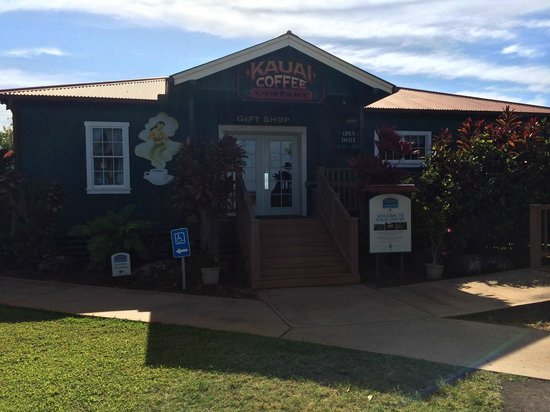 Kauai Coffee Company : The interpretation center / coffee shop