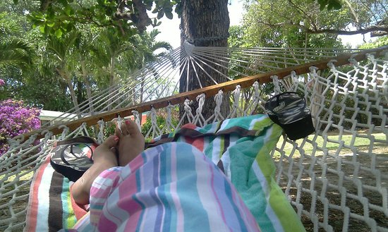 Rock Reef Resort: Chilling on the hammock by the beach.