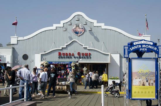 Bubba Gump Shrimp Co: The front of the restaurant, there is the souvenir store.