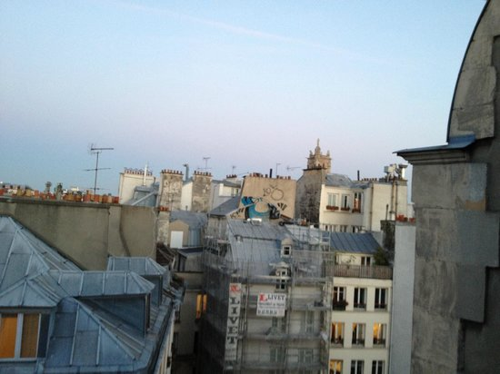 Des Ducs d'Anjou: The view from Rue St. Opportune
