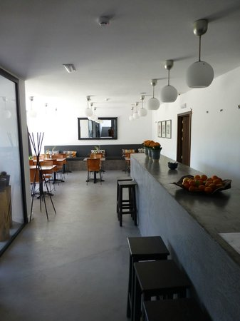 El Hotelito: Comedor y Bar