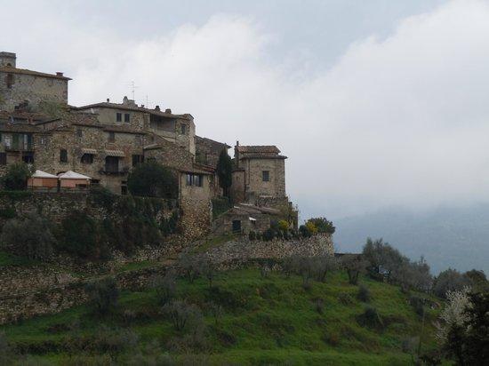 Cook Eat Italian: Village of Montefioralle