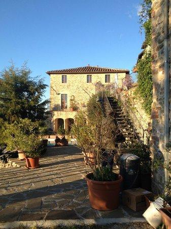 L'Antica Vetreria: Hotel exterior