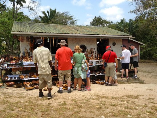 Cave Tubing.Bz: the little shops at the ruins