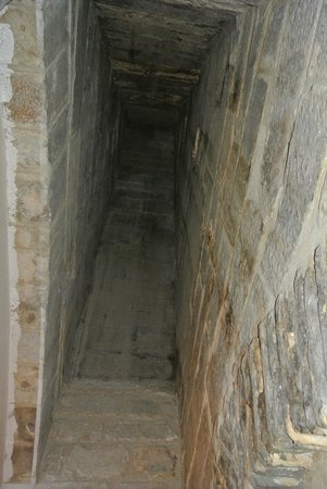 Parador de Olite : El tiro de la antigua chimenea