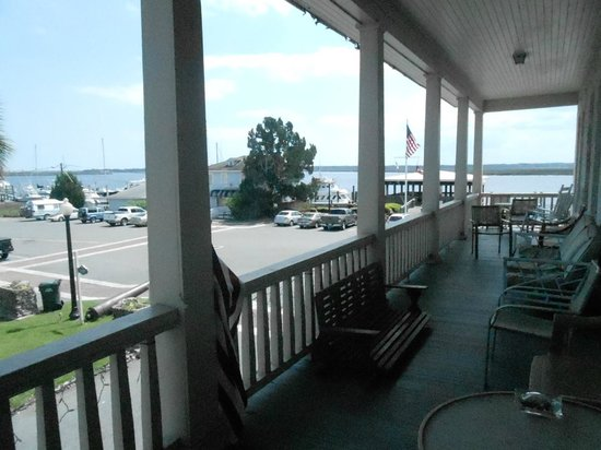 Riverview Hotel: The view from the veranda.