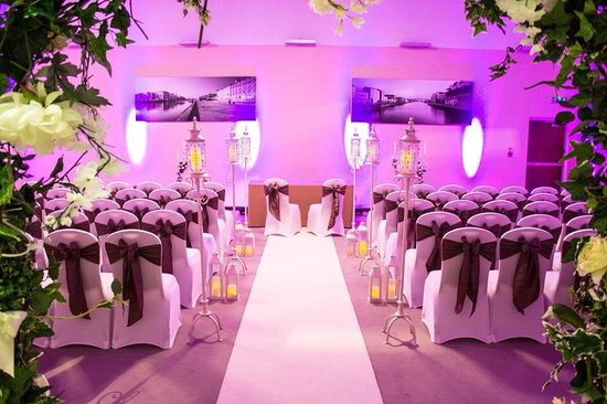 The d Hotel: The Gallery Suite - Civil Ceremony