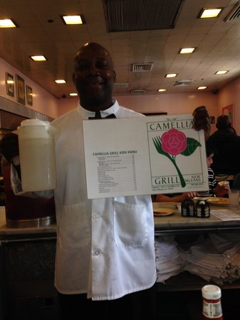 The Camellia Grill: Our Amazing Waiter