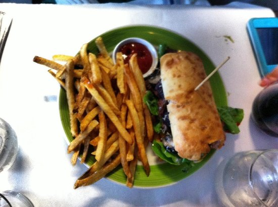 Hardy Park Bistro: Stake sandwich with arugula and chimichurri on ciabata
