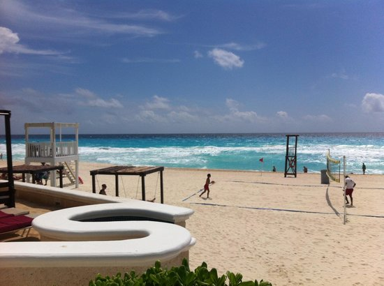 Sandos Cancun Luxury Resort: vista a la playa!