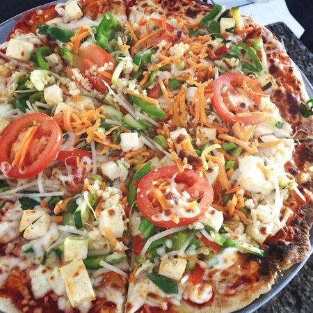 The Mongolian Grill: Veggie and Tofu Pizza!