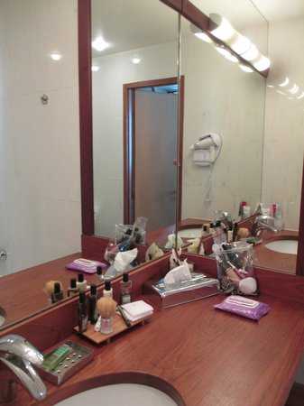 Hotel George Sand : bagno camera 501
