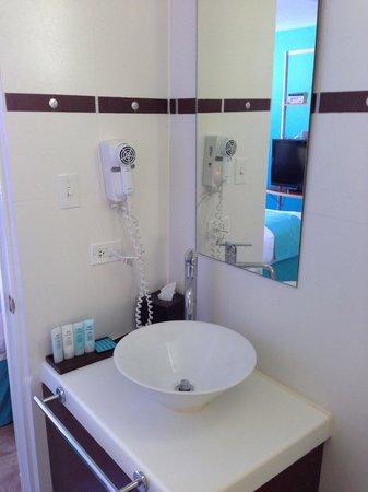San Juan Water & Beach Club Hotel : Room 1008