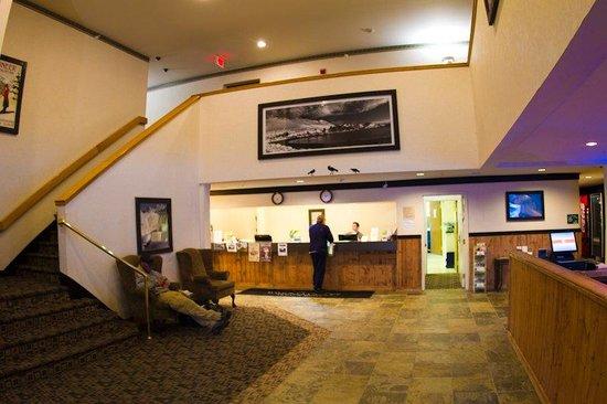Mountain Sky Hotel: Lobby