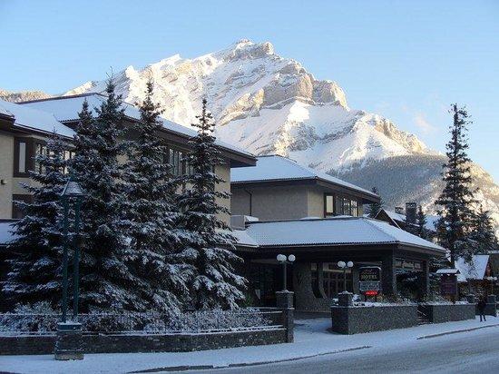 Photo of Banff International Hotel