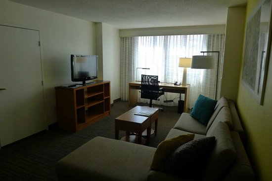 Residence Inn Washington, DC/Foggy Bottom: Living room