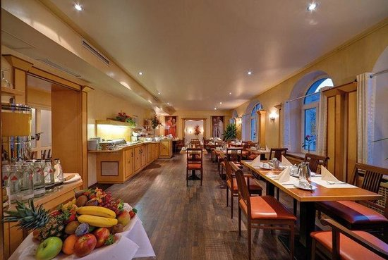 Noris Hotel: Restaurant