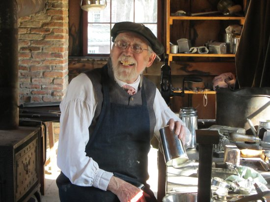 Old Sturbridge Village: Tinsmith