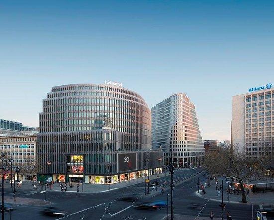 Swissotel Berlin: Exterior