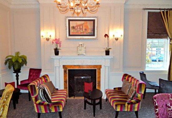 Milford Hall Hotel: Hotel Lounge