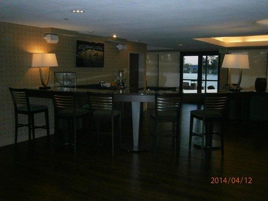 BEST WESTERN PLUS Bayside Hotel: Breakfast area